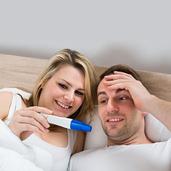 Hint-your-partner-about-your-pregnancy